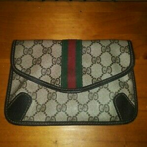 fc249f510d28e6 Gucci Bags | Auth Gg Shelly Line Mini Clutch Hand Bag | Poshmark
